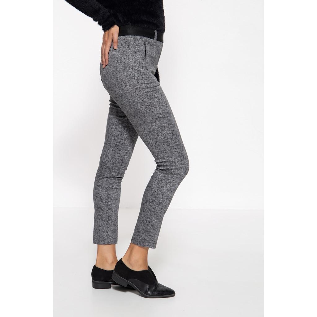ATT Jeans Stretch-Hose »Vicky«, mit Musterung und Reißverschlusstaschen