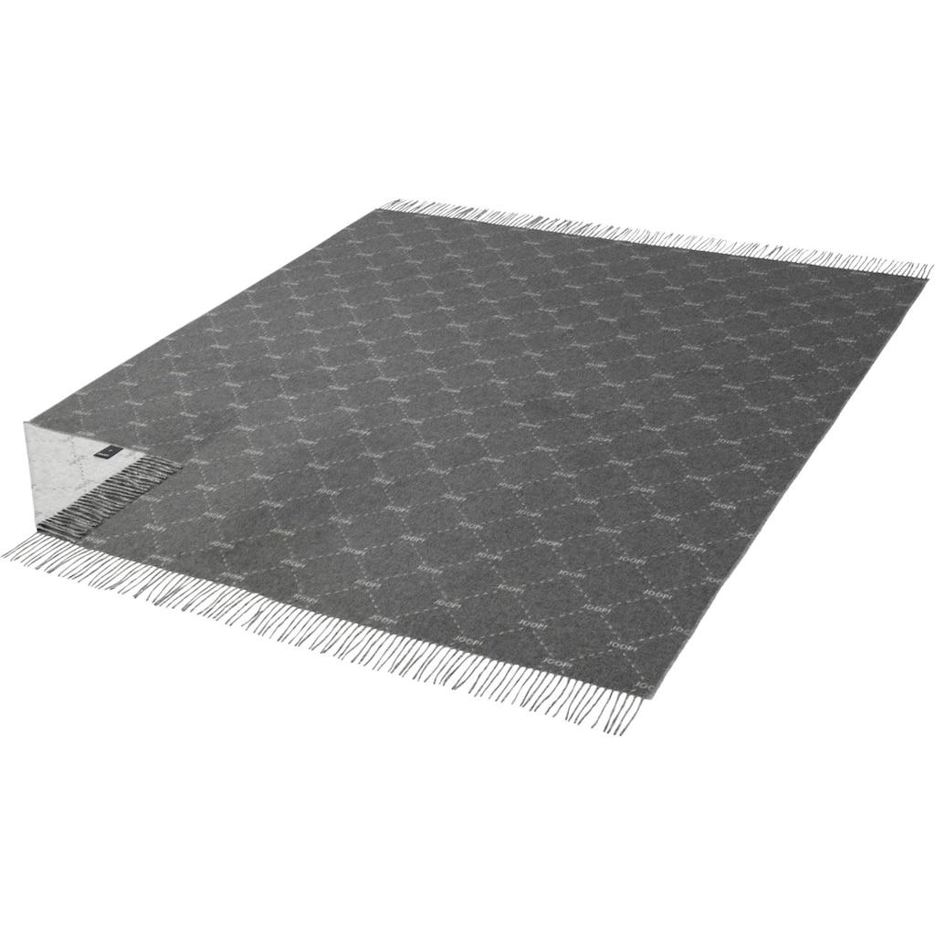 Joop! Plaid »FINE-SIGNATURE«, Weiches Plaid aus hochwertigen Kunstfasern mit geometrischem Muster und Fransen-Konfektion