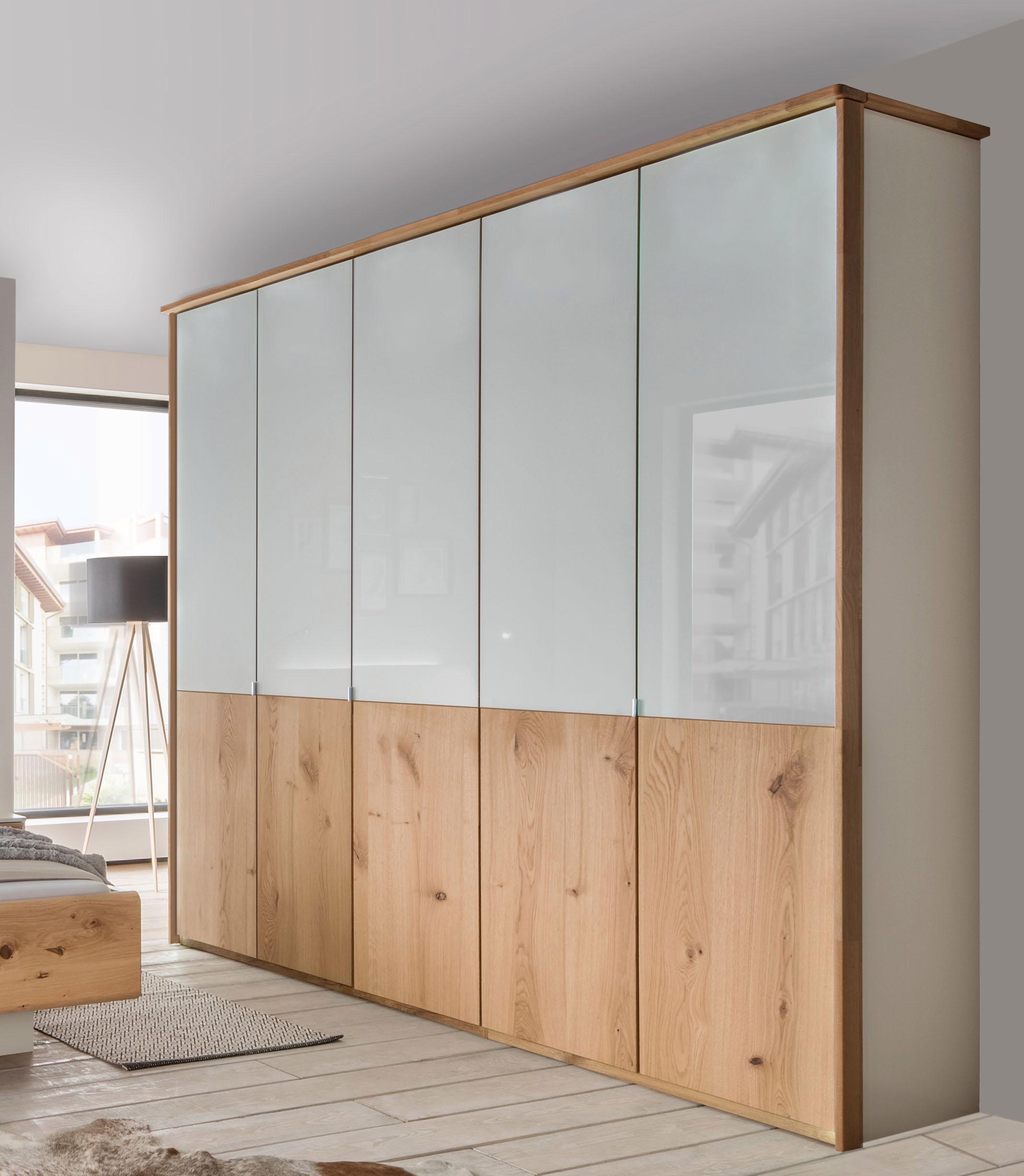 WIEMANN Kleiderschrank Chicago mit Echtholzfurnier und Glas