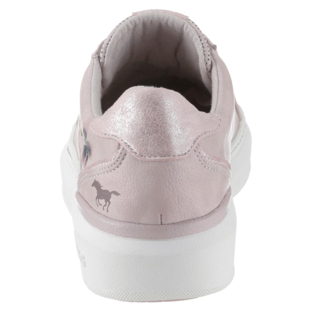 Mustang Shoes Plateausneaker, mit schönem Blütenprint