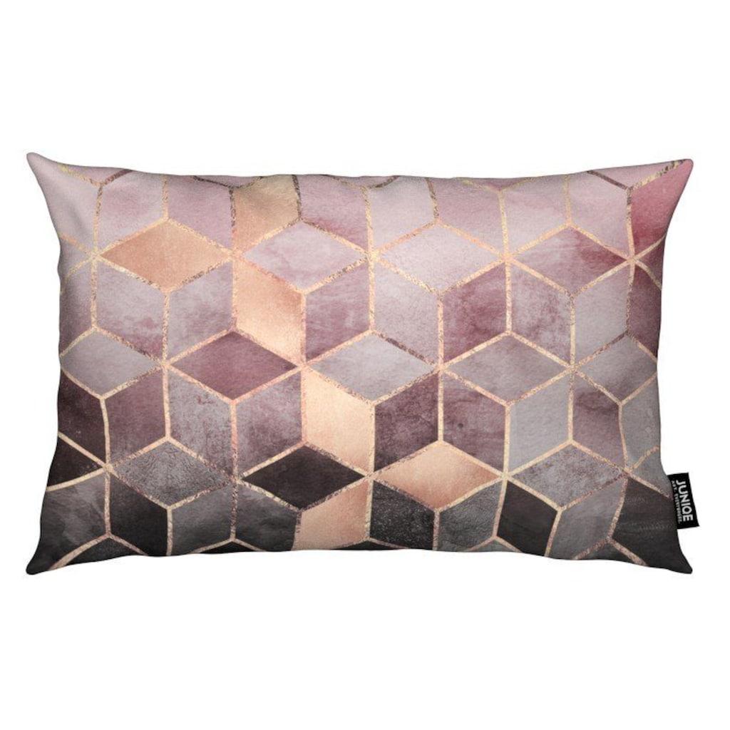 Juniqe Dekokissen »Pink Grey Gradient Cubes«, Weiches, allergikerfreundliches Material
