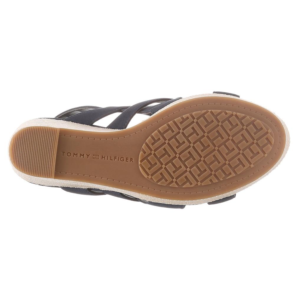 TOMMY HILFIGER High-Heel-Sandalette »BASIC HARDWARE HIGH WEDGE SANDAL«, mit verstellbarer Schnalle
