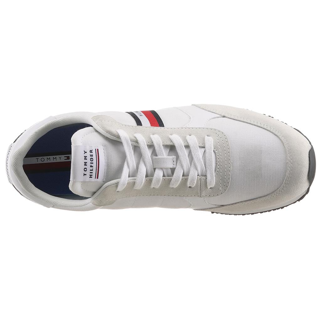 Tommy Hilfiger Sneaker »RUNNER LO MIX STRIPES«, mit seitlichen Tommy-Streifen