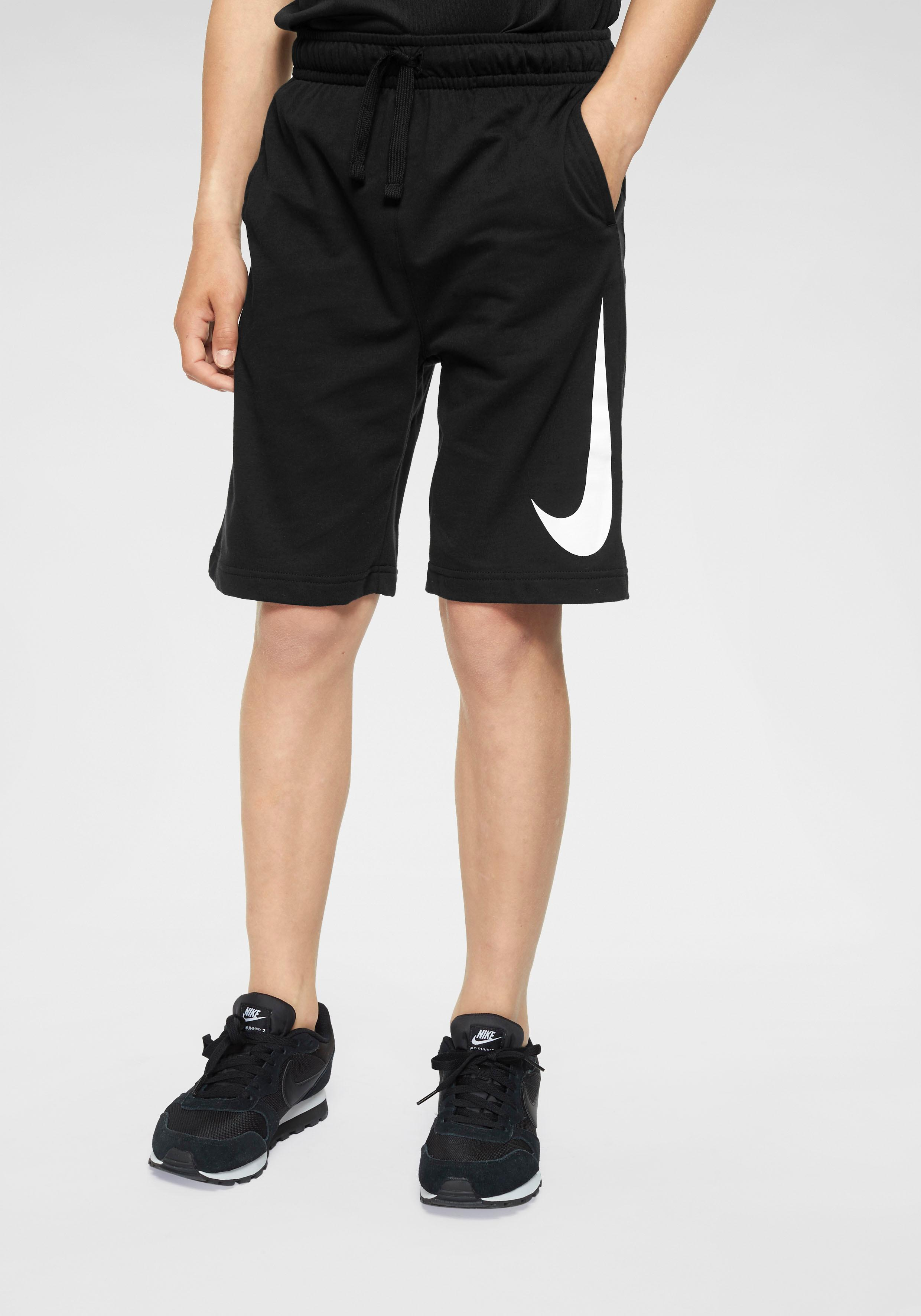 Nike Sportswear Shorts BOYS NIKE SPORTSWEAR SWOOSH SHORT | Bekleidung > Shorts & Bermudas > Shorts | Schwarz | Nike Sportswear