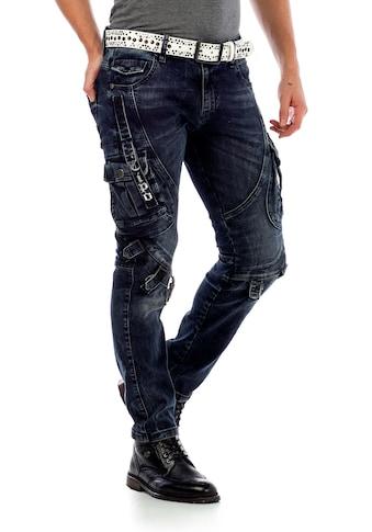 Cipo & Baxx Slim-fit-Jeans, mit Verschlussschnallen in Straight Fit kaufen
