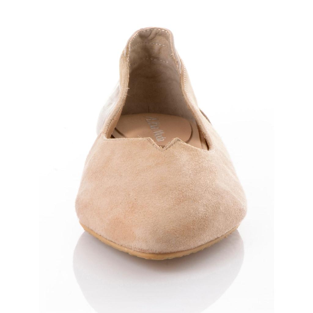 Alba Moda Ballerina, in spitzer Form