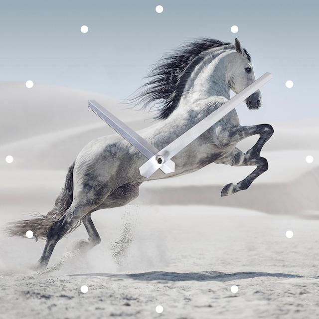 Spiegelprofi GmbH Wanduhr »Pferd«