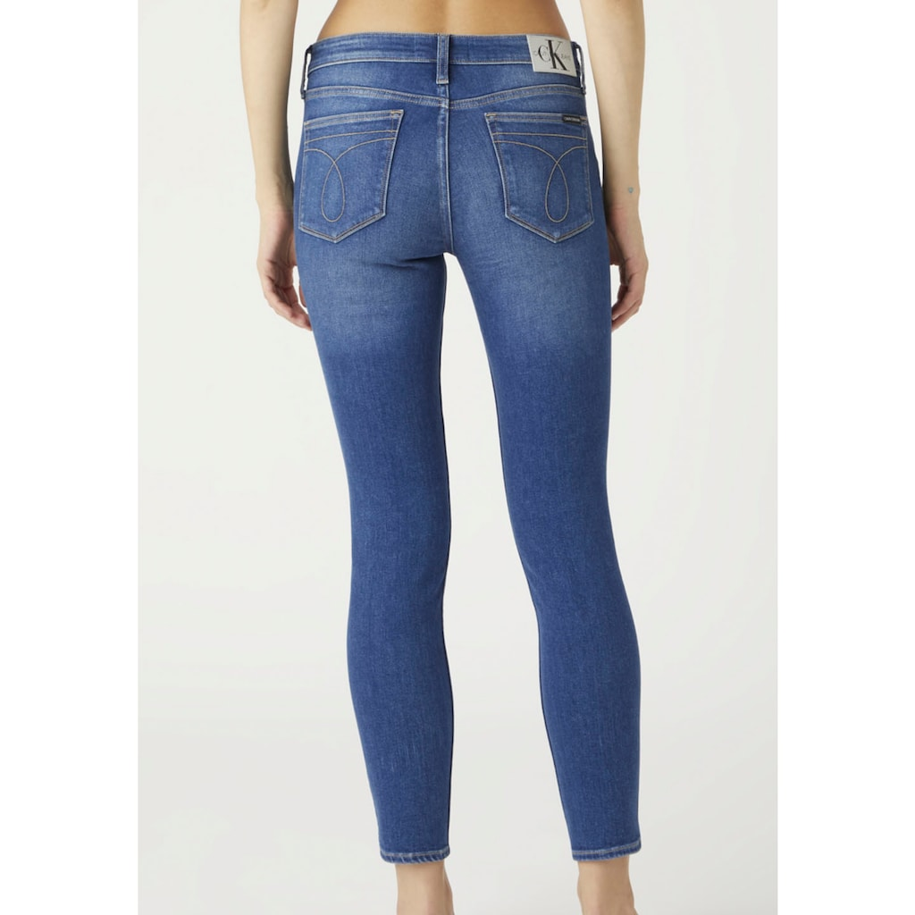 Calvin Klein Jeans Skinny-fit-Jeans »MID RISE SKINNY ANKLE«, mit Calvin Klein Jeans Logo-Badge & Schriftzug