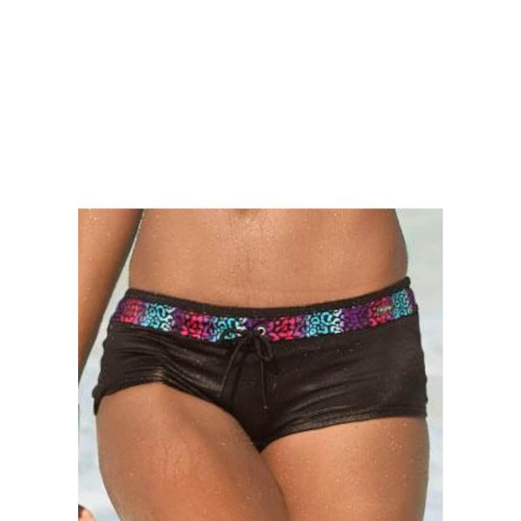 Buffalo Bikini-Hotpants, mit farblich abgesetztem Bund