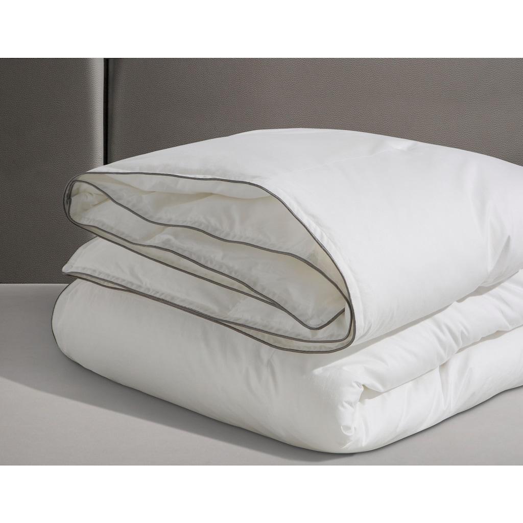 RIBECO Bettdecke + Kopfkissen »Marie«, (Spar-Set), Mit einer hochbauschigen Füllung und Stickerei!