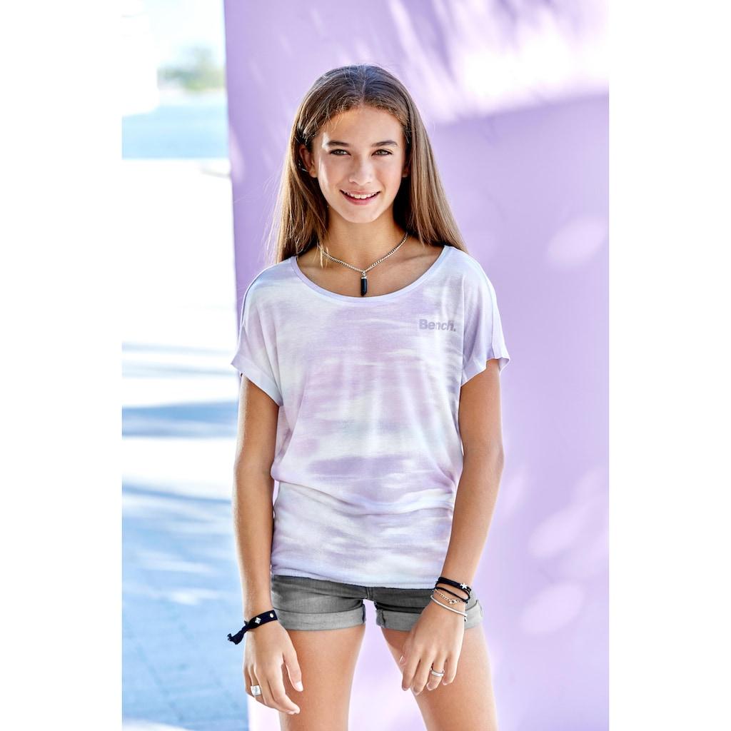 Bench. T-Shirt, mit überschnittener Schulter