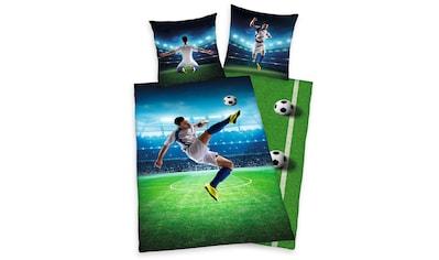 Herding Young Collection Kinderbettwäsche »Fußballschuss«, mit einem Fußballspieler kaufen