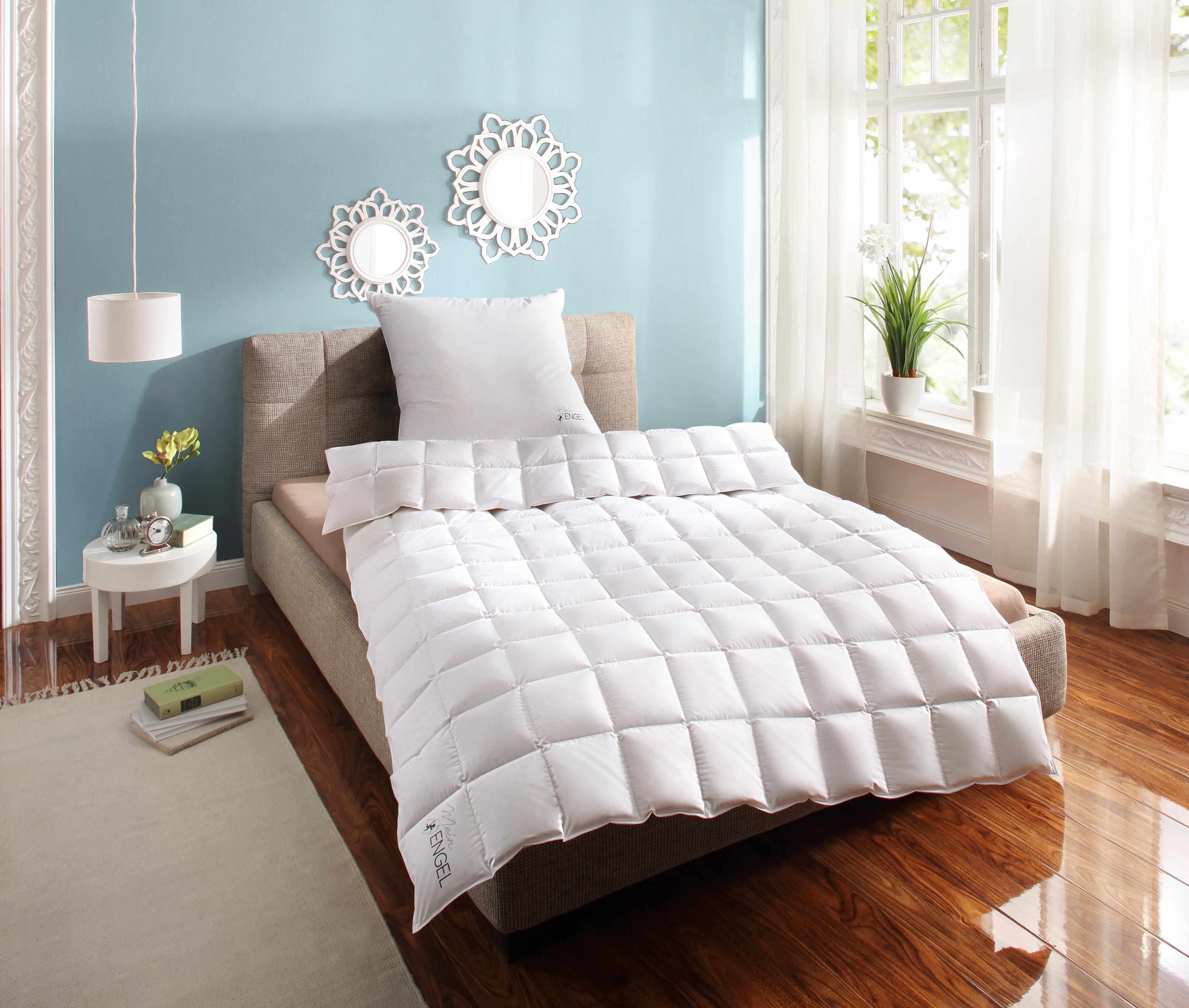 Daunenbettdecke Mein Engel Schlafstil leicht Füllung: 100% Gänsedaunen Bezug: 100% Baumwolle
