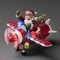 KONSTSMIDE LED Szenerie Weihnachtsmann im Flugzeug
