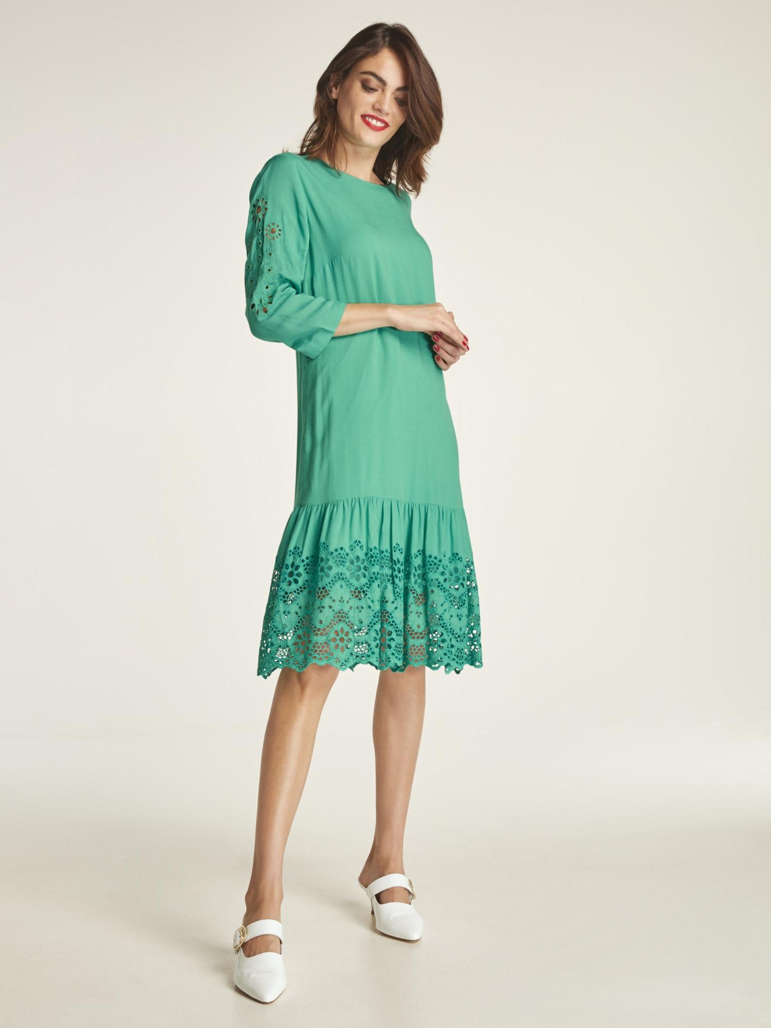 heine TIMELESS Kleid mit attraktiver Lochstickerei