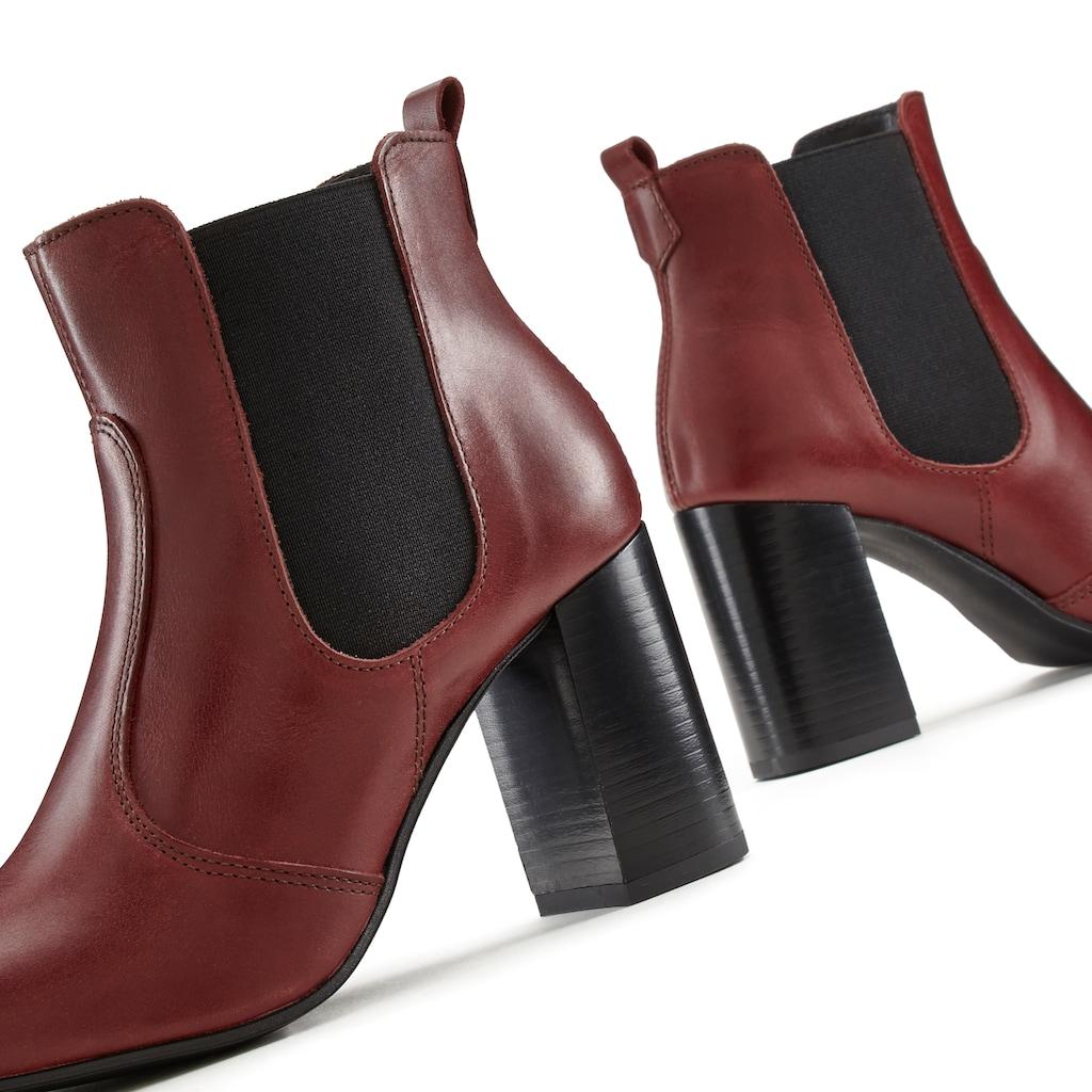 LASCANA Ankleboots, Stiefelette aus Leder mit modischem Blockabsatz und spitzer Form