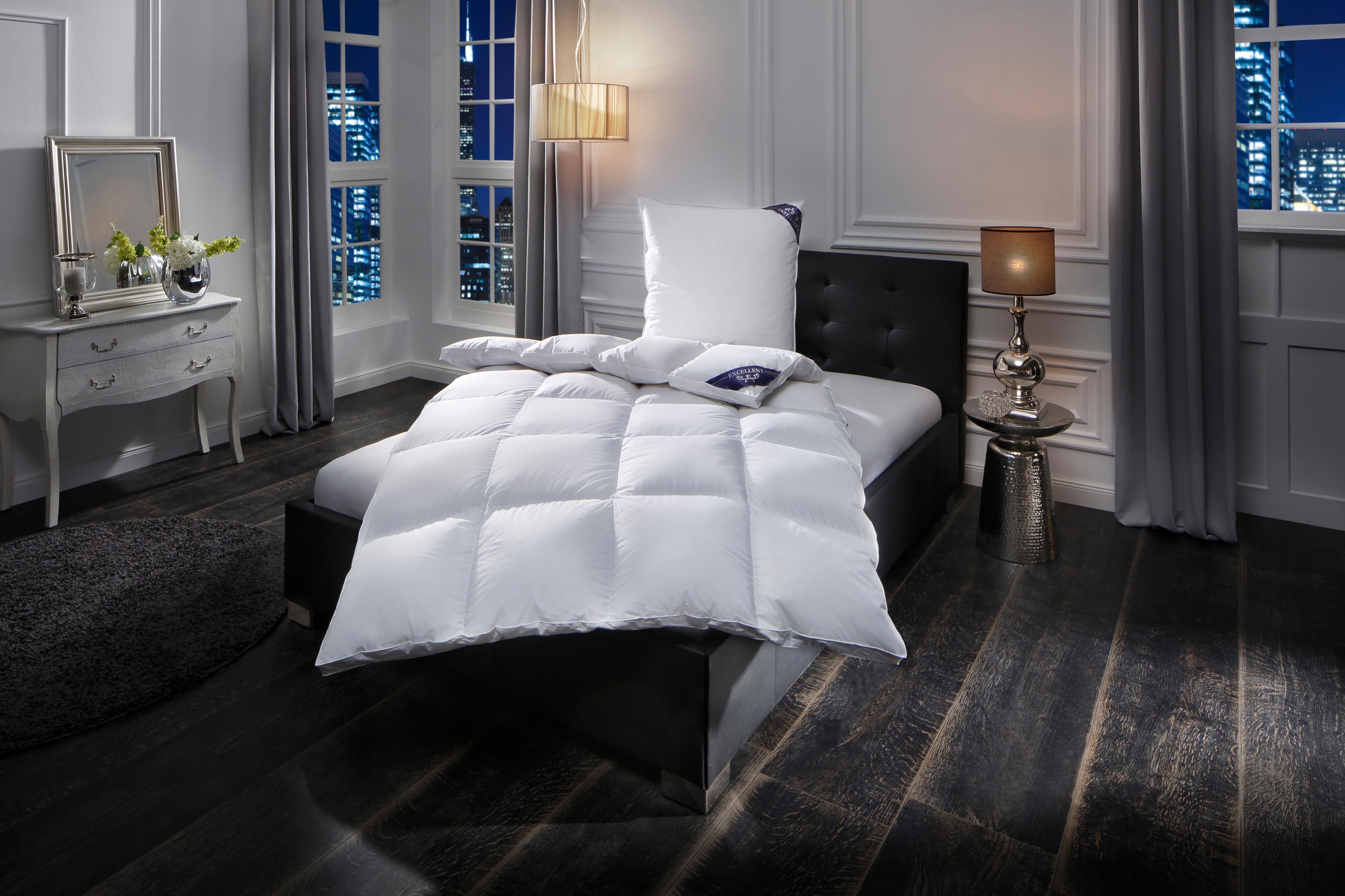 Gänsedaunenbettdecke Premium Excellent extrawarm Füllung: 100% Gänsedaunen Bezug: 100% Baumwolle | Heimtextilien > Decken und Kissen > Bettdecken | Weiß | Excellent