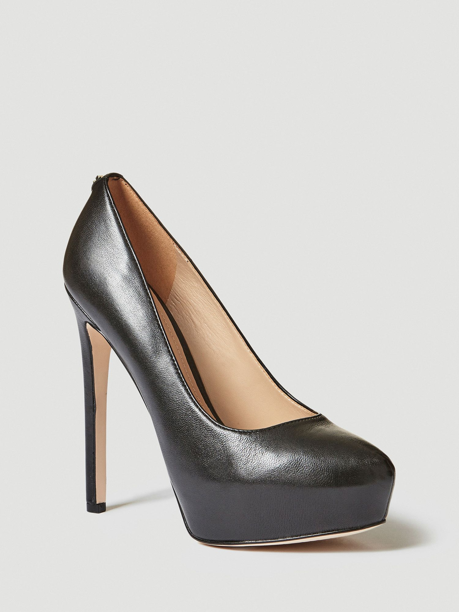 Guess Pumps Damenmode/Schuhe/Pumps/Plateaupumps