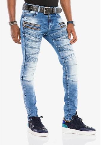 Cipo & Baxx Bequeme Jeans, im stylischen Look in Straight Fit kaufen