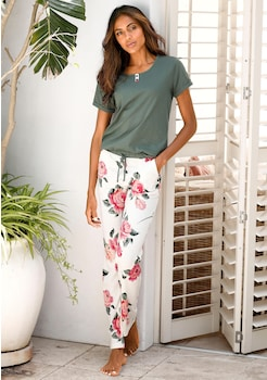 on sale 4ff0e 52829 Pyjamas für Damen | Schlafanzüge online kaufen | BAUR