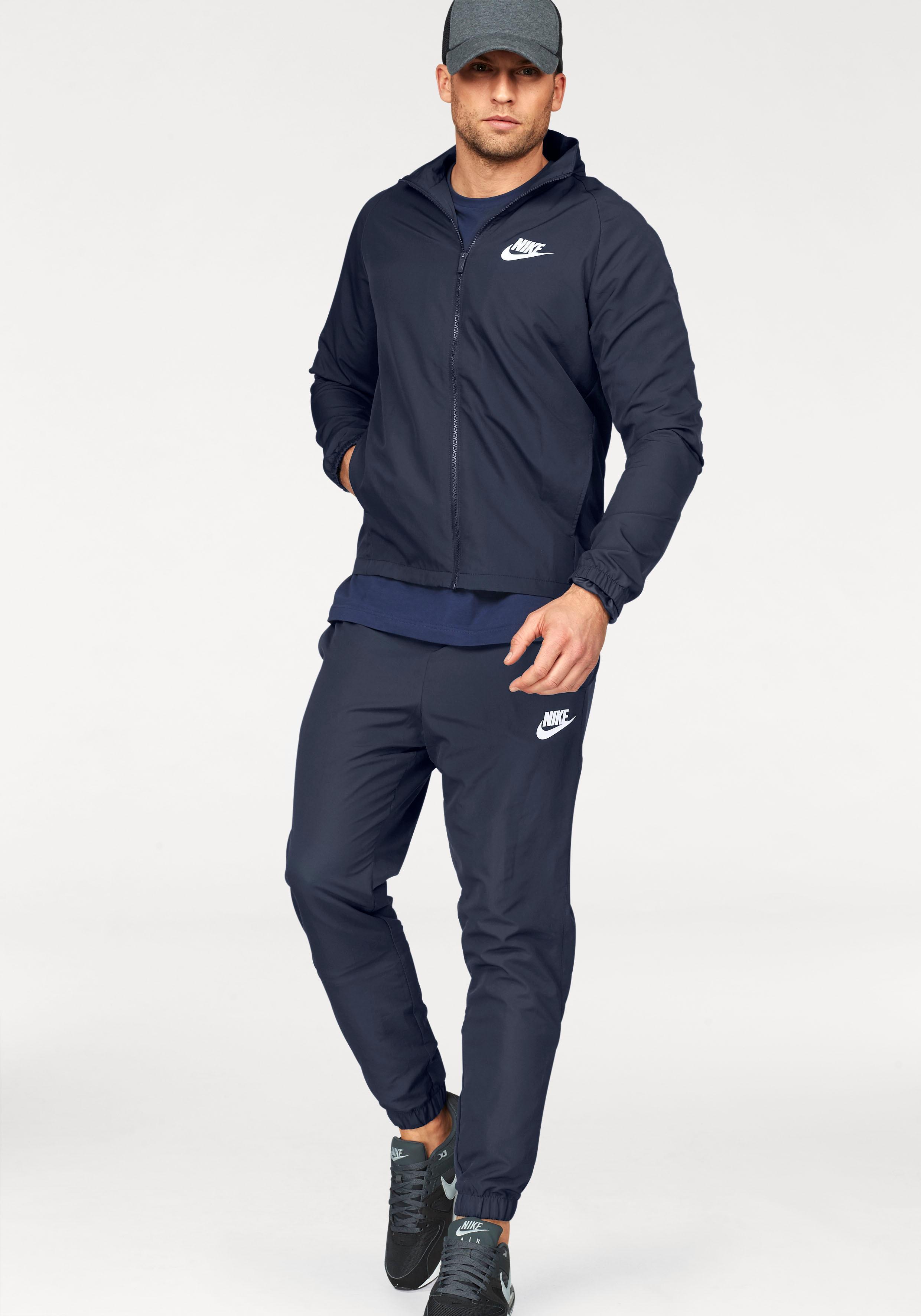 37b16d0888a05 Bildquelle  Nike Sportswear Trainingsanzug »TRACK SUIT WOVEN BASIC« (Set