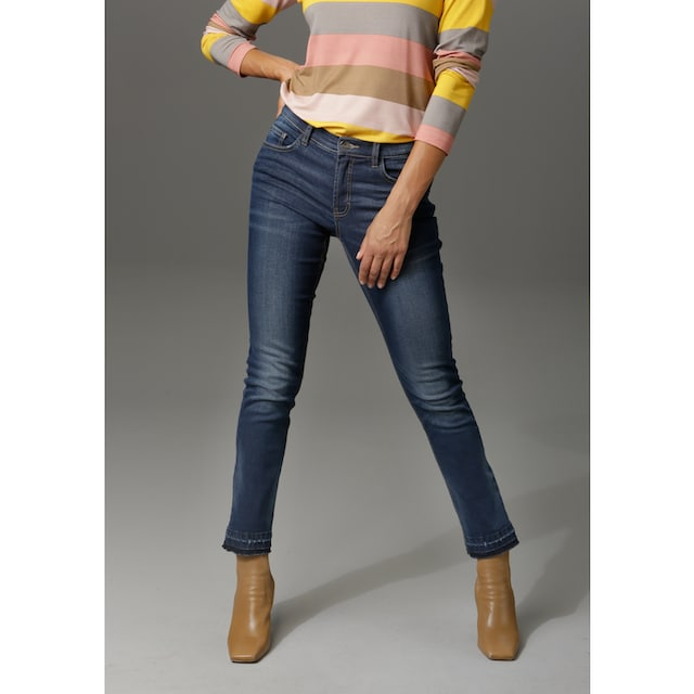 Aniston CASUAL Bootcut-Jeans