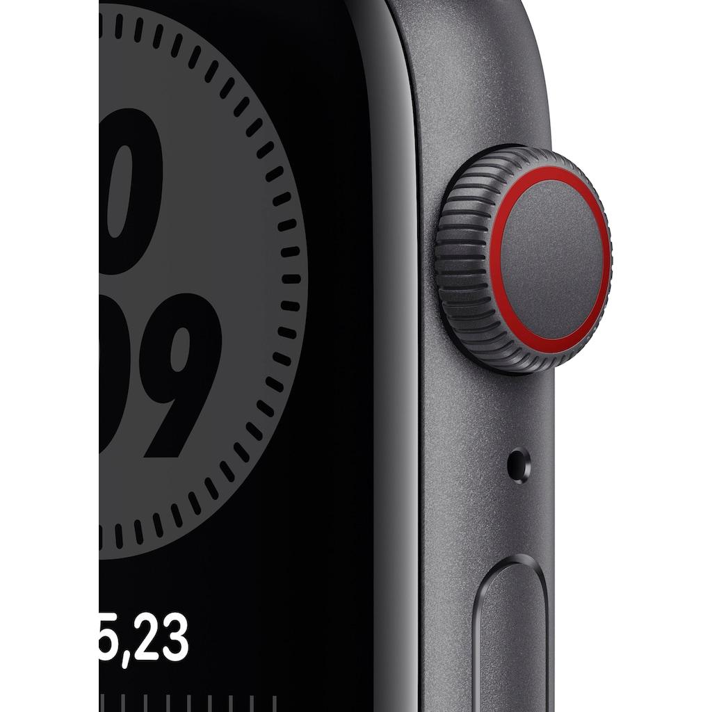 Apple Watch »Nike SE GPS + Cellular, Aluminiumgehäuse mit Nike Sportarmband 44mm« (, inkl. Ladestation (magnetisches Ladekabel)