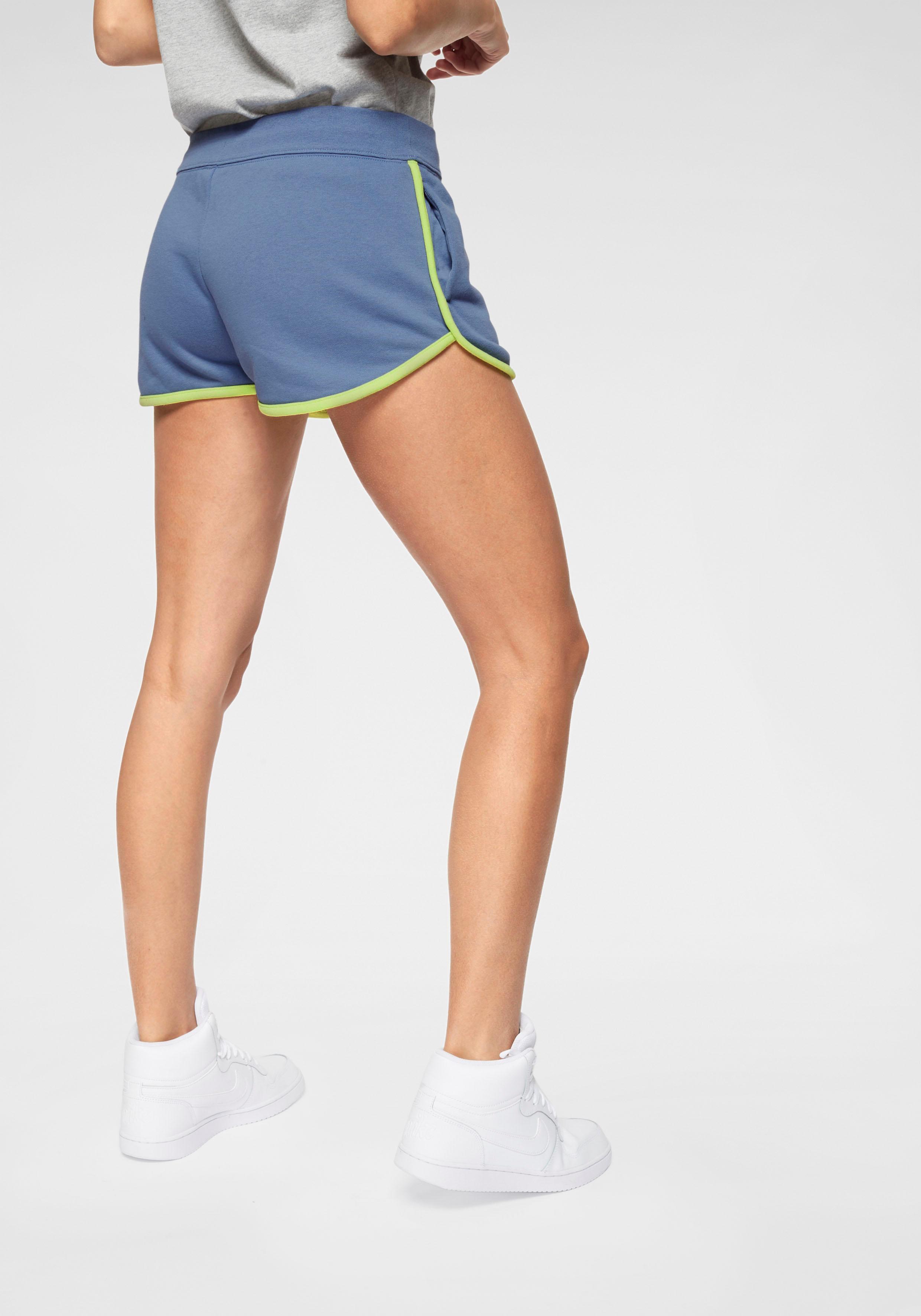 Nike Sportswear Sweatshorts W NSW HRTG SHORT FLC | Sportbekleidung > Sporthosen > Sportshorts | Nike Sportswear