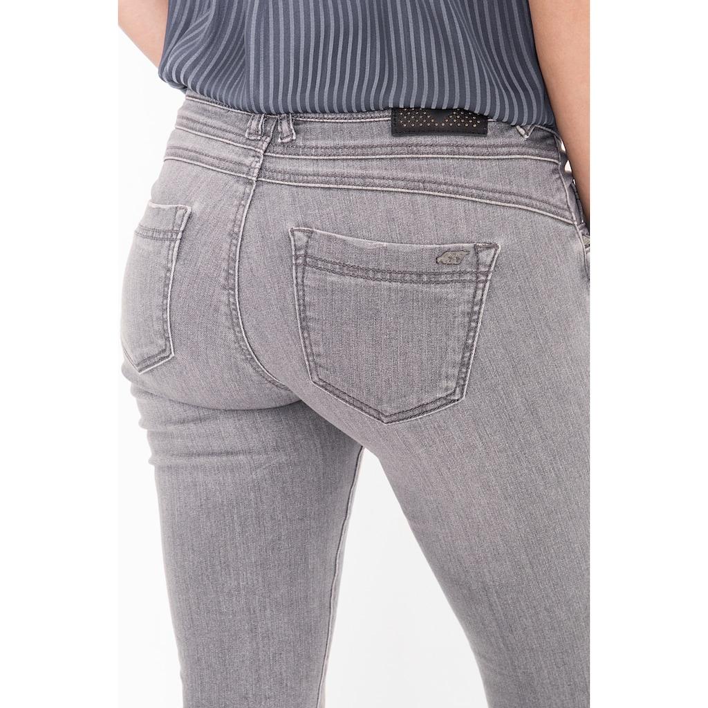 ATT Jeans 5-Pocket-Jeans »belinda«, mit Nietendetail an den Taschen
