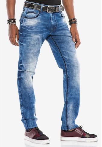 Cipo & Baxx Bequeme Jeans, mit coolen Kontrastnähten kaufen