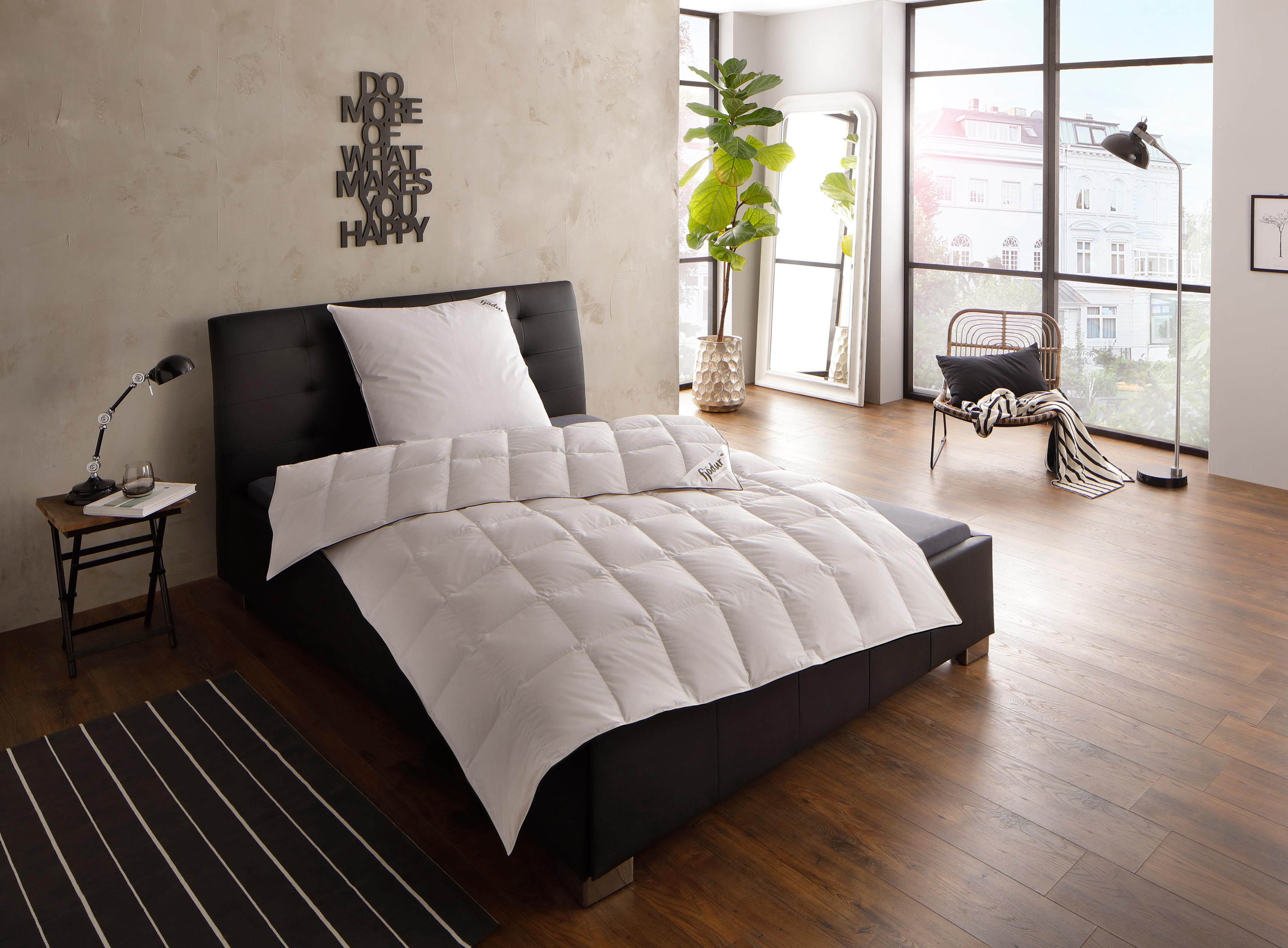 daunenbetten 135x200 preisvergleich die besten angebote online kaufen. Black Bedroom Furniture Sets. Home Design Ideas