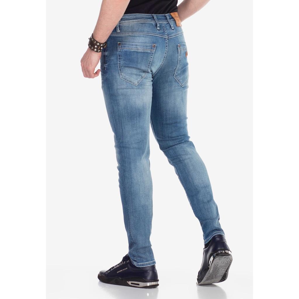 Cipo & Baxx Slim-fit-Jeans, mit verwaschenen Look