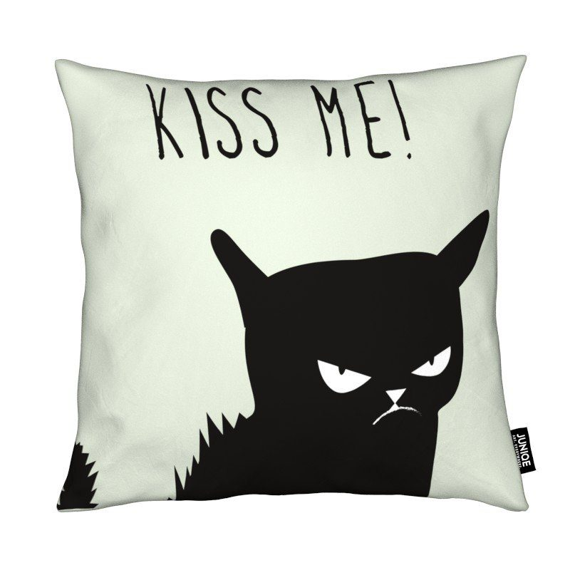 Dekokissen Kiss Me Cat Juniqe