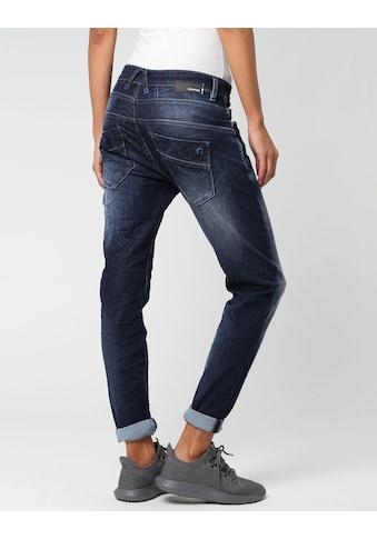 GANG Slim-fit-Jeans »New Georgina«, mit charakteristischen Abnähern quer über den Oberschenkel kaufen