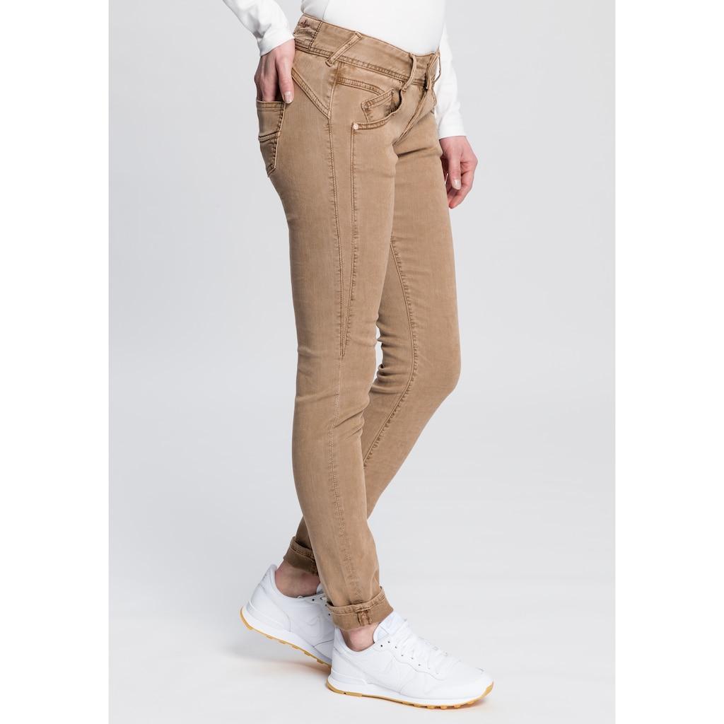 Herrlicher Slim-fit-Jeans »GILA SLIM«, mit seitlichem Keileinsatz