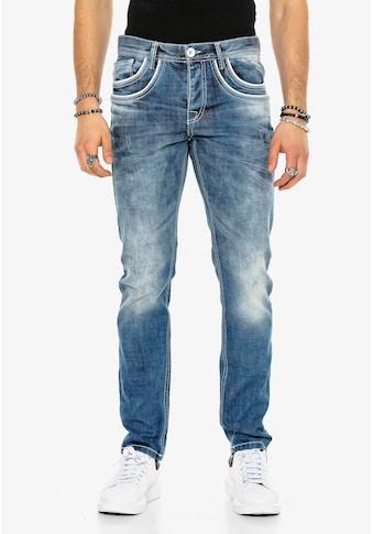 Cipo & Baxx Bequeme Jeans, mit aufgestickten Taschen kaufen