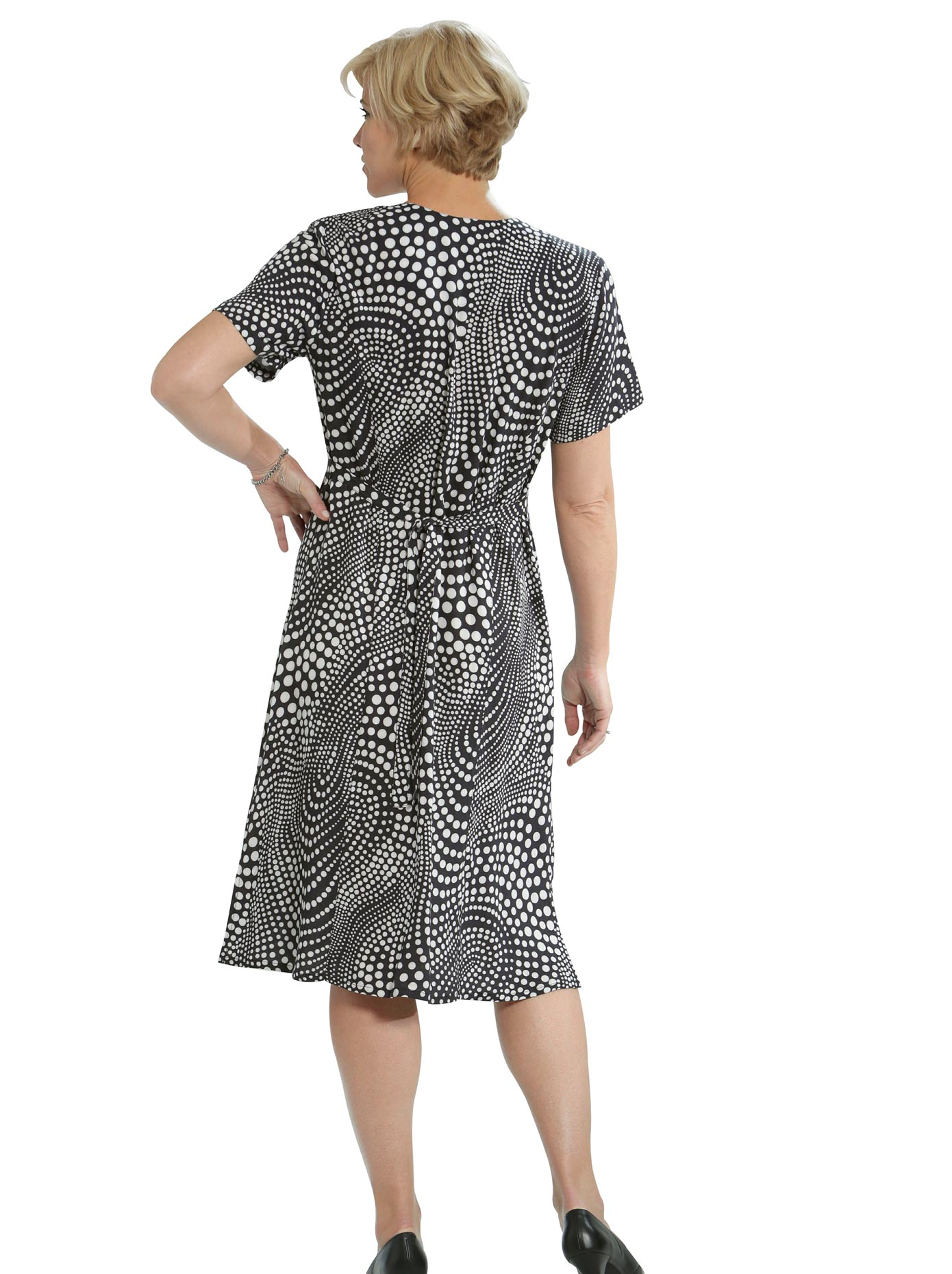 Classic Basics Kleid im Punkte-Look
