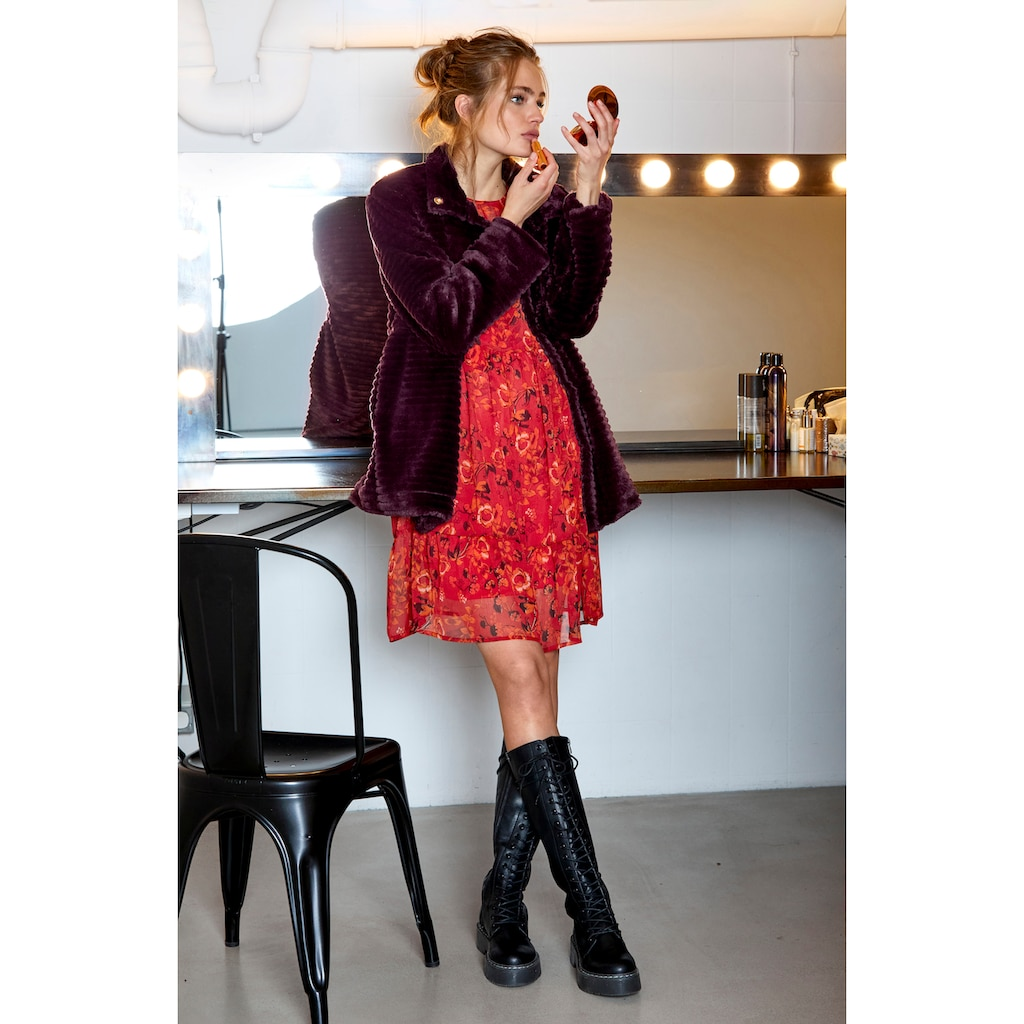 Aniston CASUAL Kurzmantel, mit Stehkragen