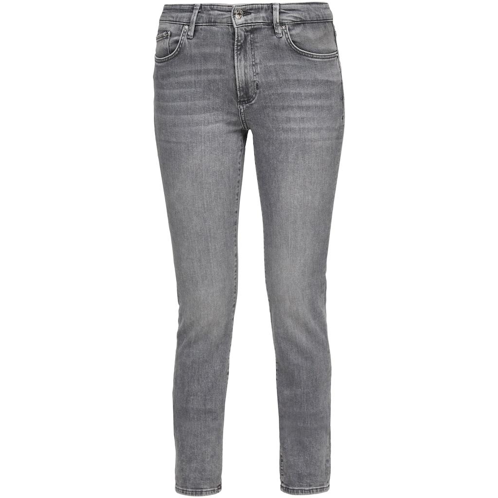 s.Oliver Slim-fit-Jeans »Betsy«, in Basic 5-Pocket Form