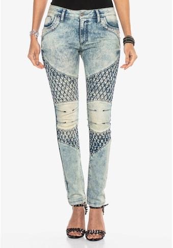 Cipo & Baxx Slim-fit-Jeans, im modernen Look mit Skinny-Fit kaufen