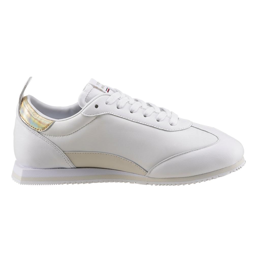 TOMMY HILFIGER Sneaker »GOLD SIGNATURE RETRO RUNNER«, mit zweckmäßiger Anziehlasche