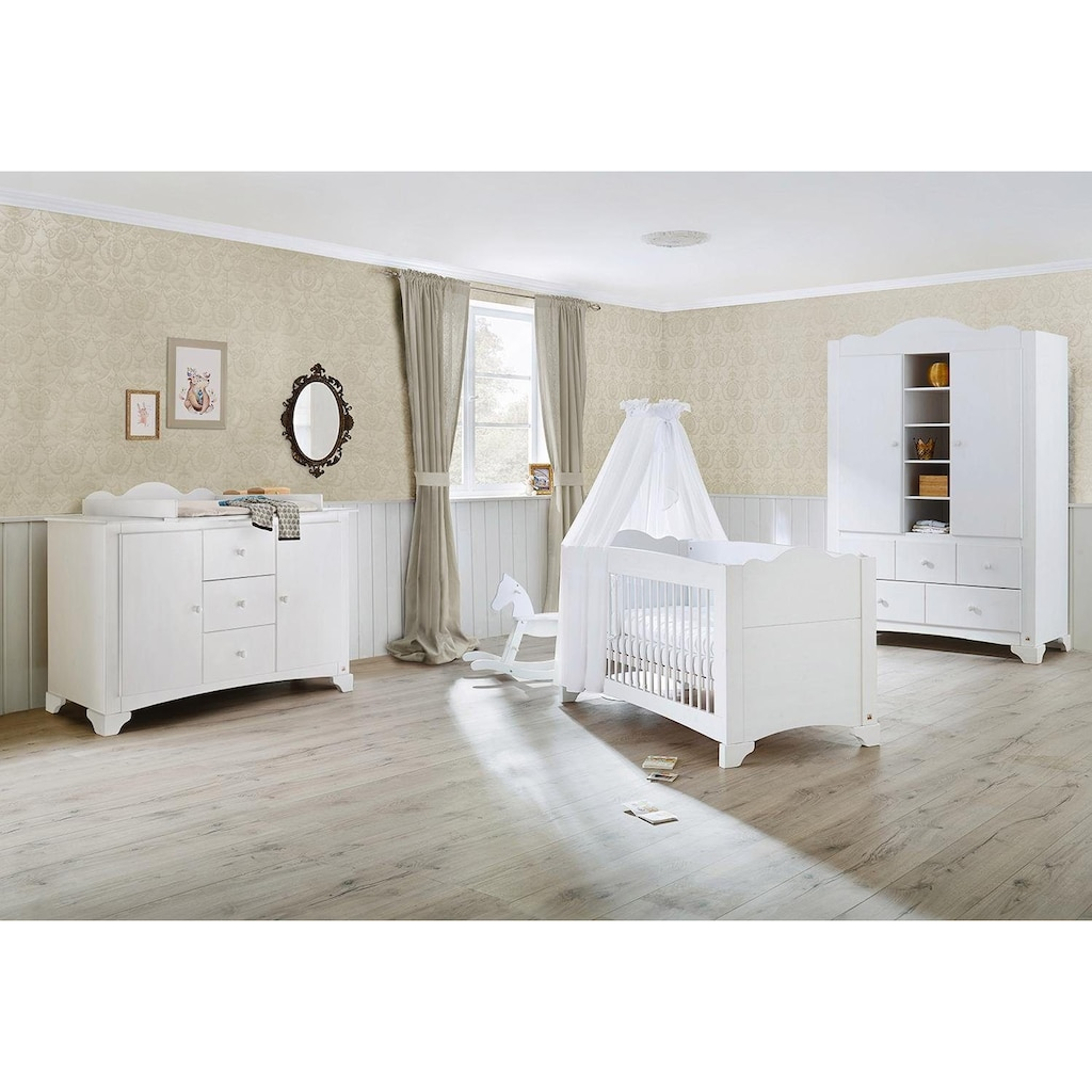 Pinolino® Babyzimmer-Komplettset »Pino«, (Set, 3 St.), extrabreit groß; mit Kinderbett, Schrank und Wickelkommode; Made in Europe