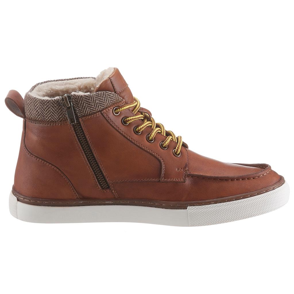 Bruno Banani Sneaker, mit modischer Blattnaht