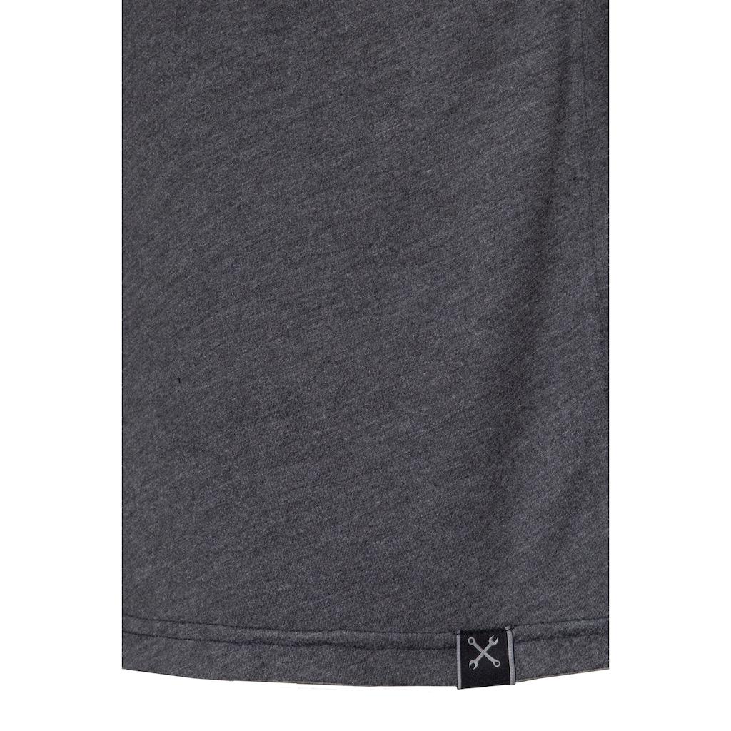 KingKerosin T-Shirt »King of Fucking«, mit Enzymwash-Effekt und Armaufschlag