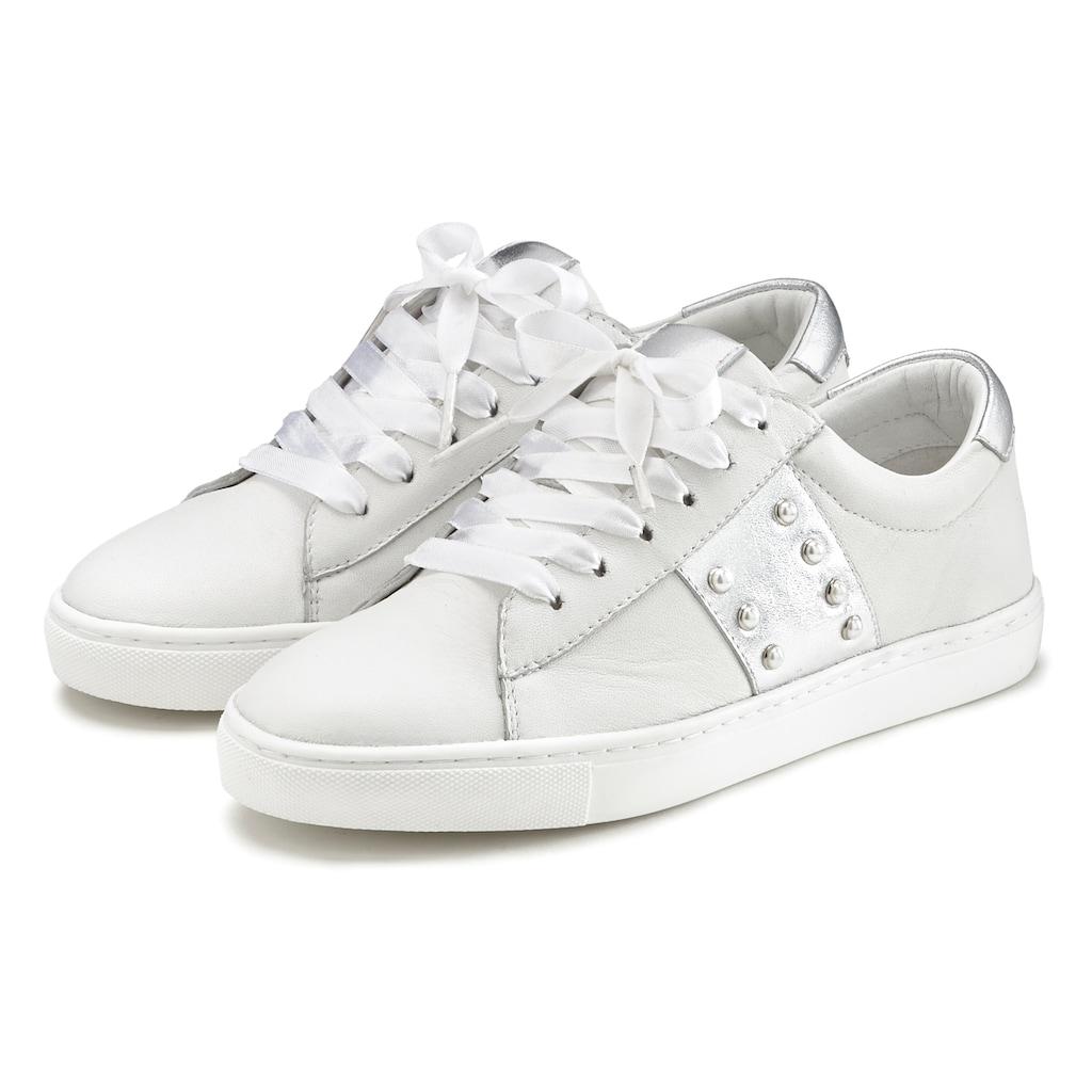 LASCANA Sneaker, aus weichem Leder mit Metallic-Einsätzen