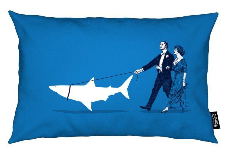 Dekokissen Walking The Shark Juniqe