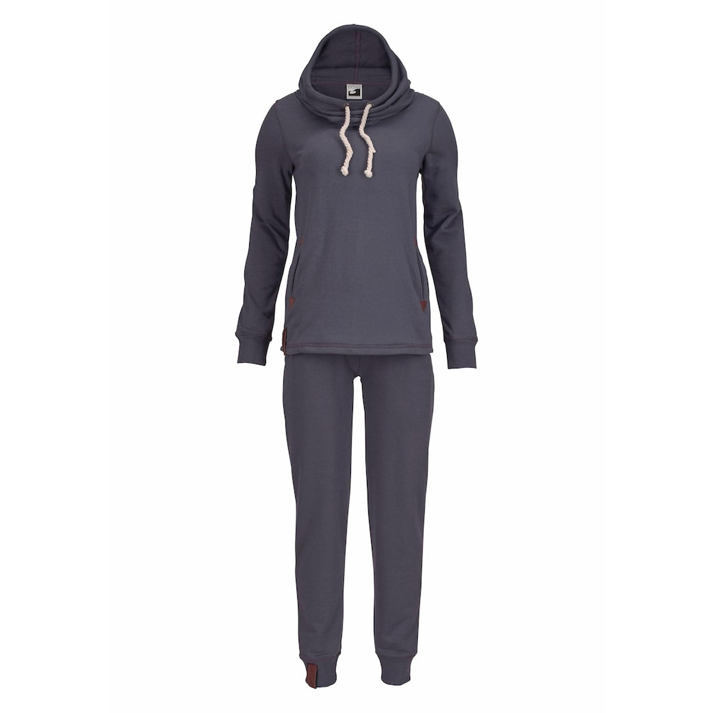 Ocean Sportswear Jogginganzug »Essentials Joggingsuit«, (Set, 2 tlg.), mit Lederimitat-Details
