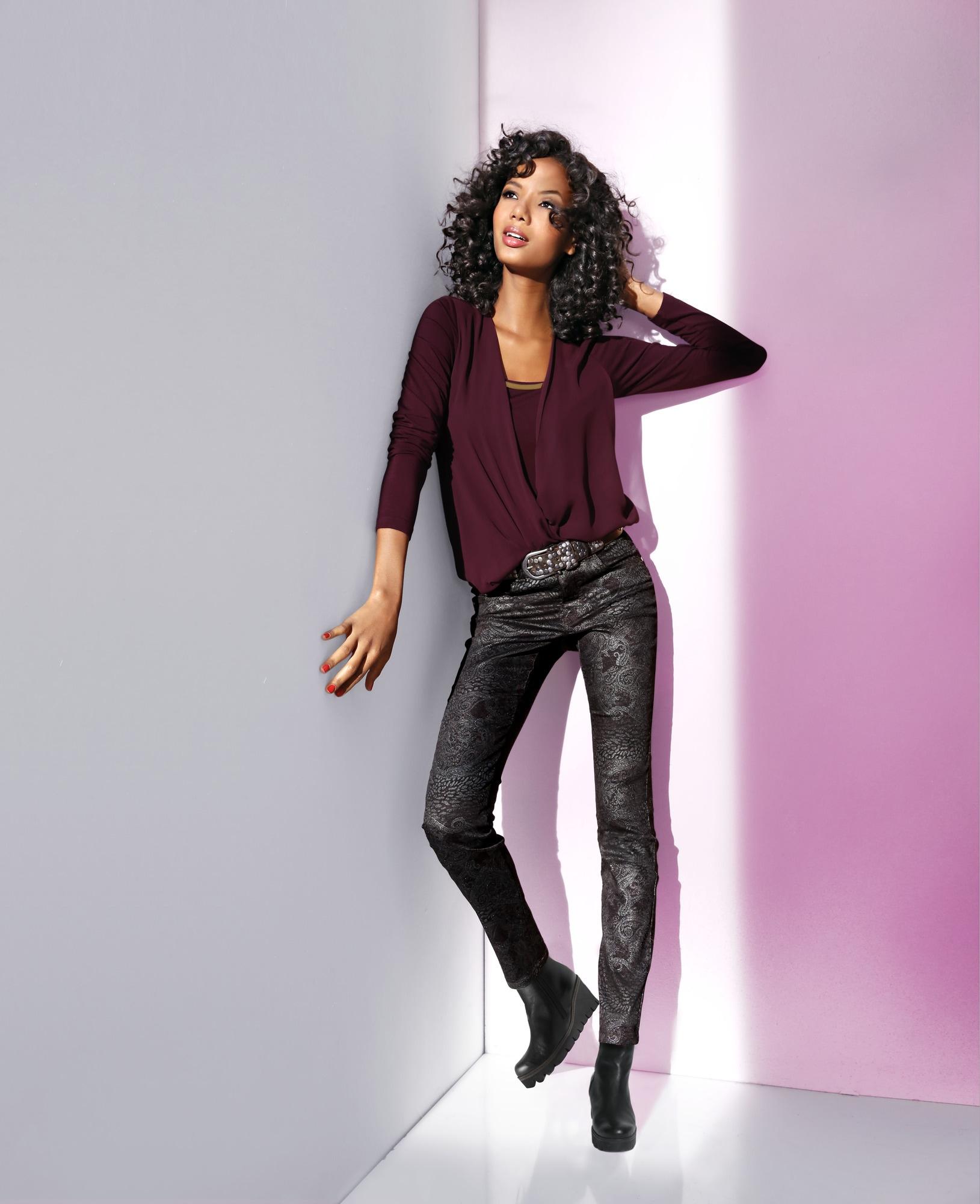heine TIMELESS Push-up Jeans mit Bauch-weg-Funktion | Bekleidung > Jeans > Push-Up Jeans | Schwarz | Elasthan | heine TIMELESS