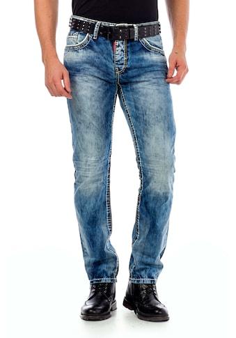 Cipo & Baxx Slim-fit-Jeans, mit Knopftaschen in Regular Fit kaufen