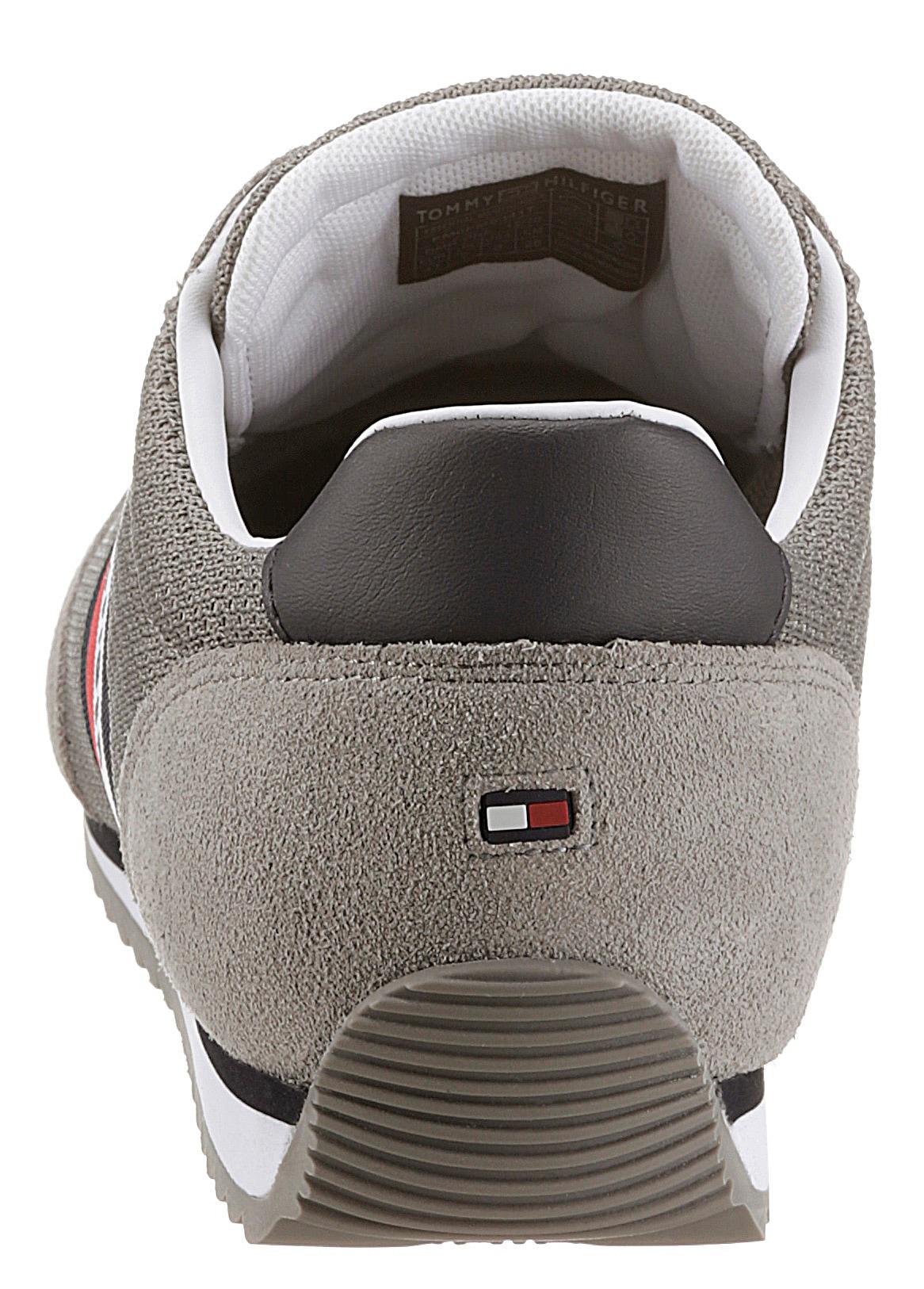 tommy hilfiger -  Sneaker ESSENTIAL MESH RUNNER, mit seitlichen Streifen